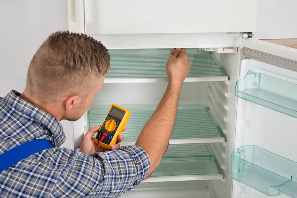 reparation-af-koeleskab
