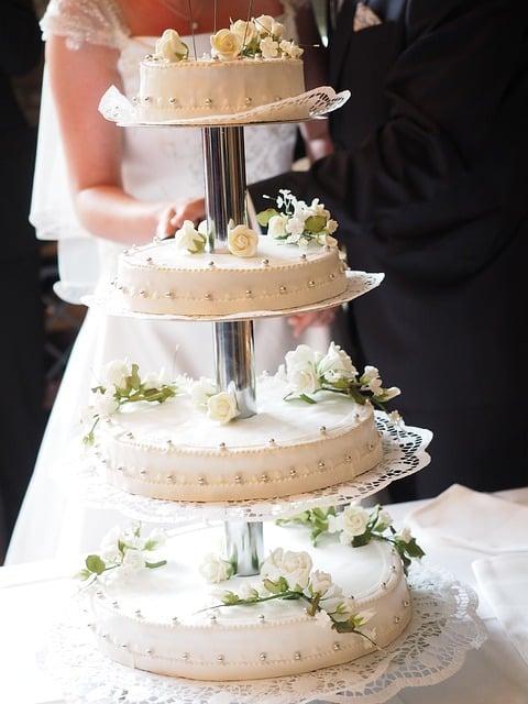 stor bryllupskage
